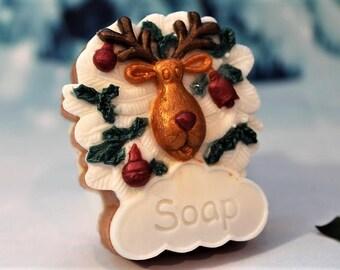 5 Reindeer Soaps, 10 Christmas Soaps, Rudolph Favor Soaps, Christmas Gift, Stocking Stuffers, Christmas Party Favor Soap, Red Nose Reindeer
