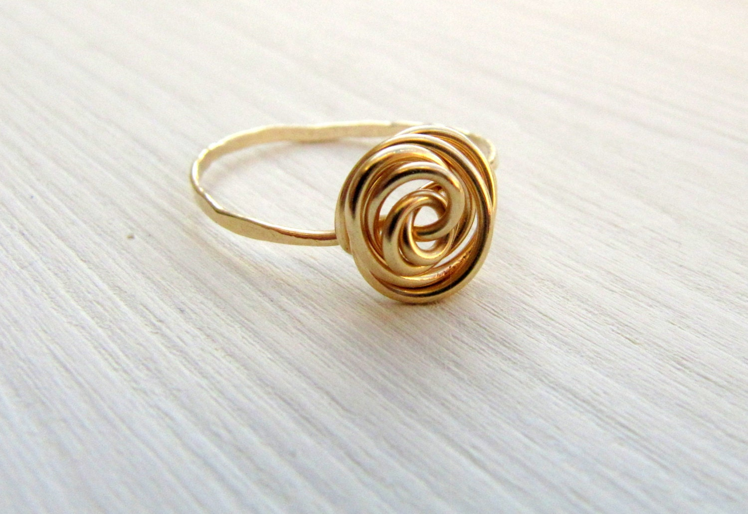Gold rose ring. Dainty everyday ring. Little finger ring. Midi