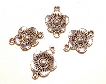 SALE -- 50% OFF -- Eight (8) Pewter Flower Connector Links