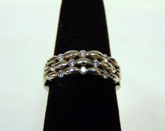 Womens Sterling Silver .925 Ring w/ Diamond Cut CZ Stones 3.4g #E2659