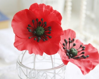 Red Poppy Flower hair clip Flower barrette Polymer Clay flower Poppy brooch Poppy jewelry Red hair accessory Flower hair accessories.