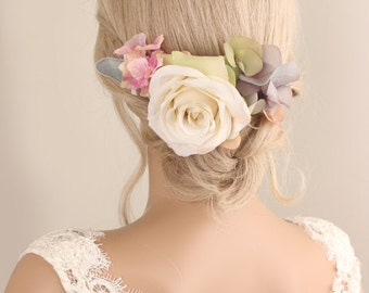 Bridal rose hairpiece, Flower hair comb, wedding accessories, Bridal flower headpiece, wedding hair comb, bridal hair comb, hydrangea hair