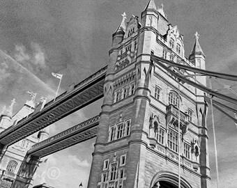 Tower Bridge, Thames River, London Art Print, London Travel, Famous Bridge, London England, Black and White Art, Travel Art Print, Fine Art