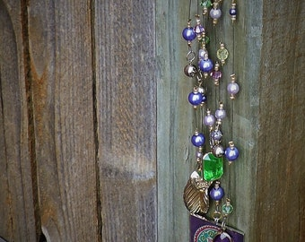 Pearls and flowers purse charm