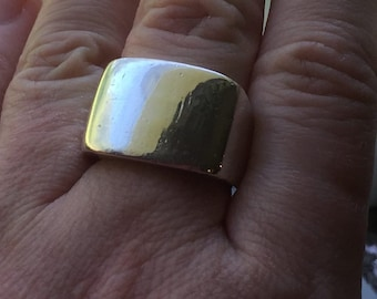 Retired James Avery Sterling Silver 925 Heavy Engravable Signet Ring Size 8 1/4