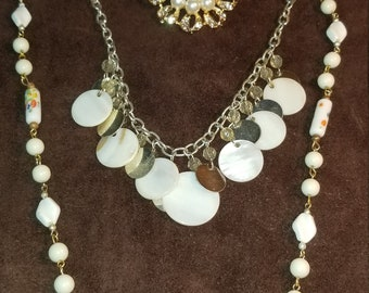 Shell and lampwork pearl necklace and brooch set