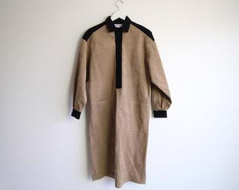 VINTAGE Kleid der 1970er Jahre Ultrasuede Braun Schwarz Shirt Kleid Medium
