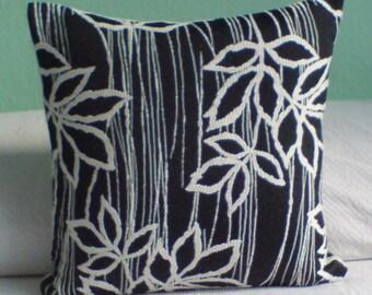 """Kissen """" Blattwerk4"""", modern und dekorativ aus Wolle"""