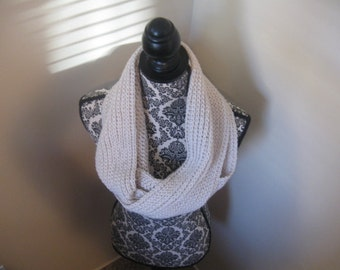 Gray Infinity Scarf, Infinity Scarf, Crochet Scarf, Circle Scarf, Loop Scarf, Womens Scarf, Made To Order Scarf, Gray Chunky Infinity Scarf