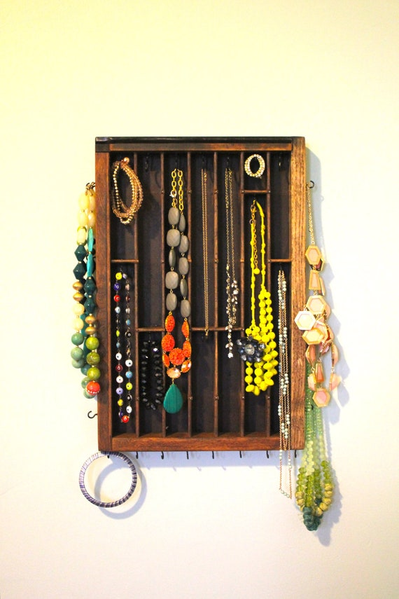 Small wooden Necklace Display