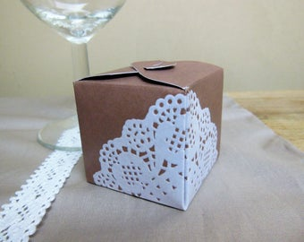 10 boxes dragées cardboard Mika PM - Kraft and lace - containing original wedding favors