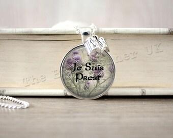 Je Suis Prest Scottish Thistles Necklace, Sassenach Key ring, Sassenach Keychain, Book Charm Necklace