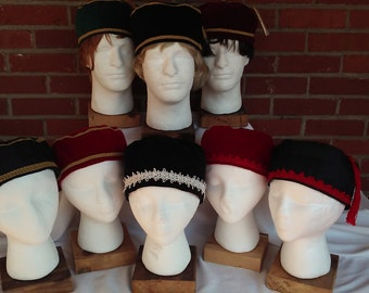 Victorian gentlemen's velveteen/satin smoking/lounging caps