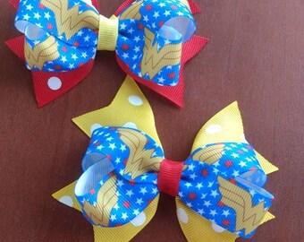 Wonder Woman medium sized bow