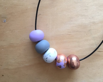 Polymer clay bead necklace 'Lilac Love' lilac, copper, marble, grey