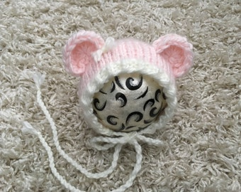 Newborn Knit Round Back Bear Bonnet, Photo prop, gift idea, boy, girl, hat,