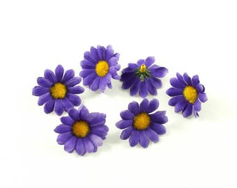 Purple set of 10 daisy flowers without stem