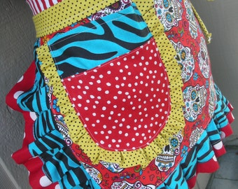 Womens Aprons - Day Of The Dead Aprons - Aprons -  Calaveras Aprons - Red Skull Aprons - Etsy Aprons - Annies Attic Aprons - Tattoo Parlours