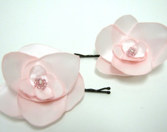 Satin fabric flower bobby pin - pink