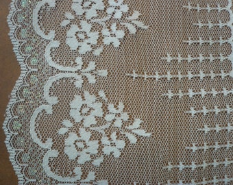 Vintage White Lace 5 Inches Wide  (006)  2 yards