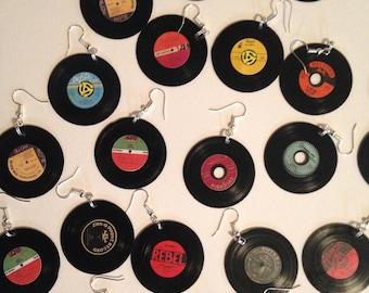vinyl record earrings, 78s, 45s, vintage media, records, jewelry,