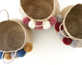 Personalize your Thai basket 45cm. choose as many tassels you want!