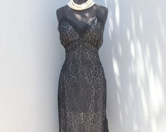 RARE Vintage 50s Slip, Van Raalte Black Lace Wiggle Slip w/Metal side zipper size 36, Exquisite