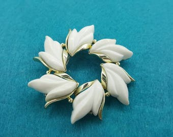 Kramer White Thermoset Leaves  Mid Century  Modern  Brooch