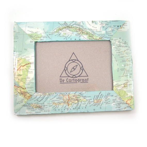 World map photo frame
