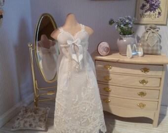 """Empire-waist """" Wedding dress"""""""