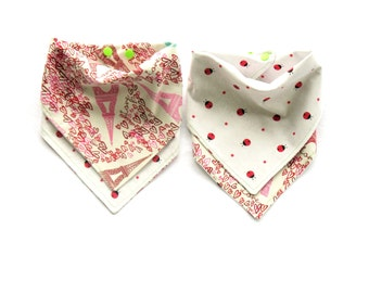 Girls Bandana  Bib - Reversible Paris Eiffel Tower & Lady Bugs- One Size Adjustable Baby Bib with Snaps - Reversible Drool Bib > 100% Cotton