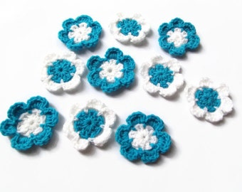 croched flower set of ten aqua and white