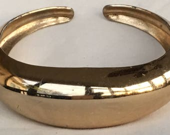 Vintage CORO Pegasus Gold Tone Pat Pending HINGED Cuff BRACELET