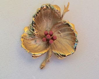 Beautiful Goldtone Flower Brooch with Coral Color Beaded Center