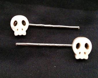 Set Of 2 White Stone Skull Bobby Pins