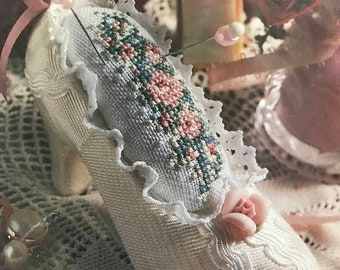 MAYniaSALE Vintage A Lady's Slipper Counted Cross Stitch Pin Cushion kit