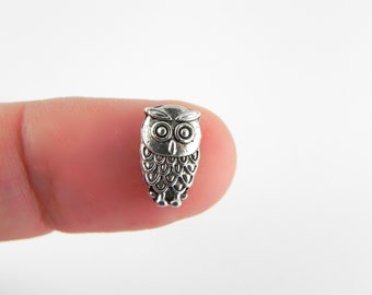20 Owl Beads - Antiqued Silver - 10mm x 6mm