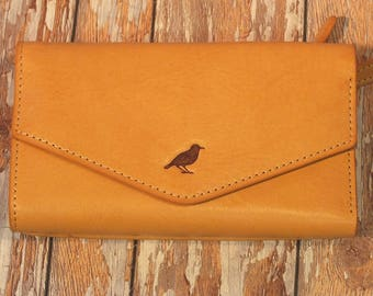 Ladies Purse Flap over Leather wallet with lots of practical pockets