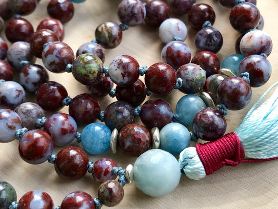 ROOT CHAKRA MALA Beads Aquamarine Necklace Agate Mala Beads 108 Yoga Bead Muladhara Chakra Mala for Grounding Tassel Necklace Yoga Necklace