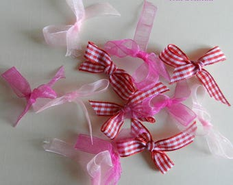 Bow tie. Adorable set of 12 satin and organza for sewing scrapbooking bows