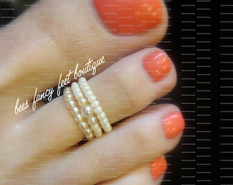 Stacking Toe Ring, Stacking Rings, Pearl Toe Ring, Pearl Ring, Cream Pearl Beads, Cream Pearls, Toe Ring, Ring, Stretch Bead Toe Ring