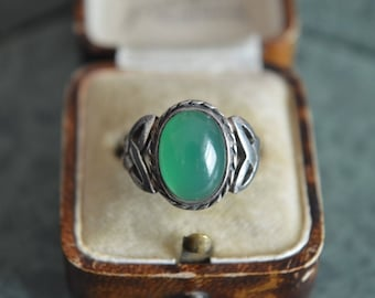 Chrysoprase Cabochon Celtic Design Silver Ring,Size M1/2, 925 Christmas Gift Treat