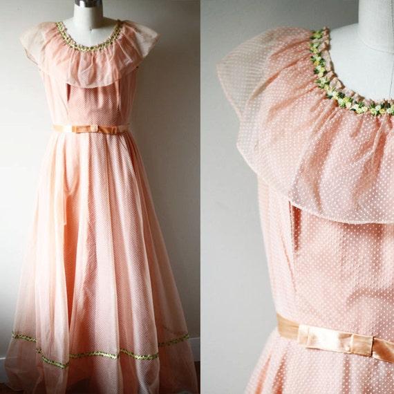 1960s peach swiss dot dress // 1960s boho dress // vintage dress