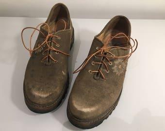 vintage aged beige grey suede flat lace up shoes   Size : EU 38.5 / US Women's 8 / UK Women's 5 1/2