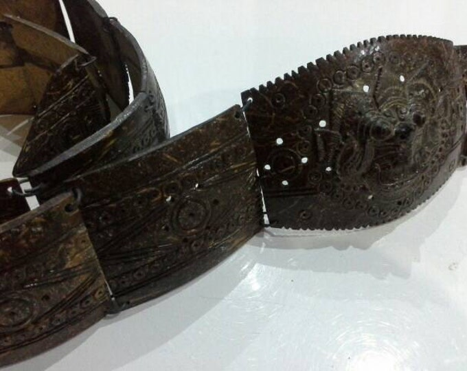 Antique Indonesian Ethnic Asian Foo Dog Hand Carved Coconut Shell Belt Rare Vintage