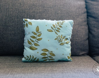 """Cushion cover """"in the leaves"""""""