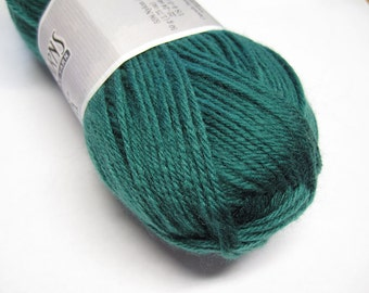 Clearance Super Soft Spruce Green Cascade Cherub DK Yarn 180 yards Acrylic Nylon Blend Color 23