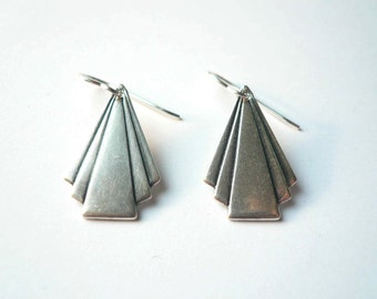 Art deco triangle earrings Art deco earrings Silver earrings 1920s earrings Frank Lloyd Wright dangles Silver dangles Geometric dangles