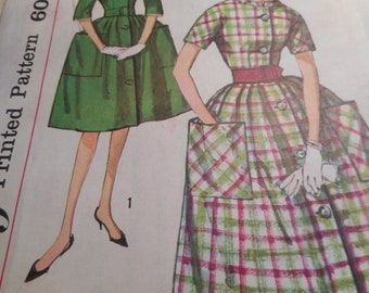 Vintage 1950's Simplicity 3511 Dress Sewing Pattern Size 18 Bust 38