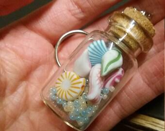 Ozean Flasche Schlüsselanhänger, marine Schlüsselanhänger, Sealife Schlüsselanhänger, Fisch Schlüsselanhänger, Glücksbringer Schlüsselanhänger, Muschel-Schlüsselanhänger, sehr nett, preiswert, Handarbeit